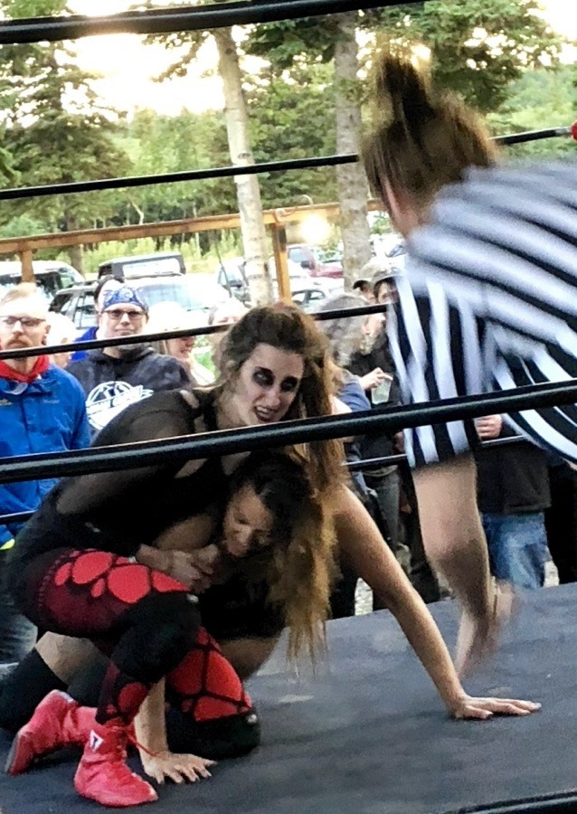 flow wrestling at 49th street brewing company in healy alaska.