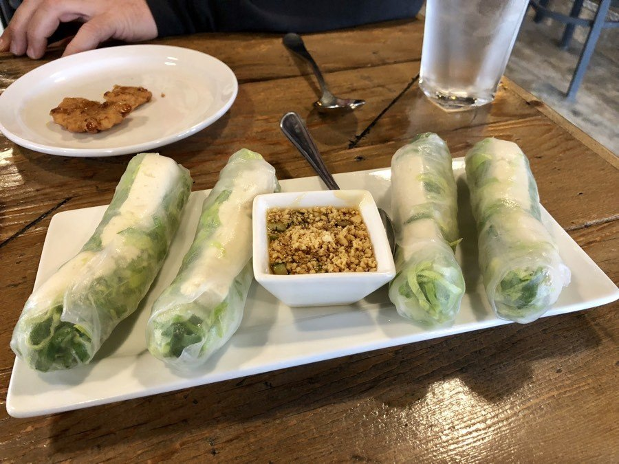 fresh tofu rolls at mythai.